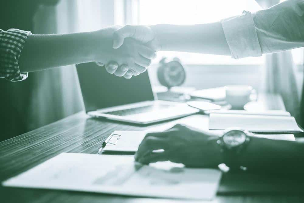 ¿Cual es el beneficio que se puede obtener de los préstamos privados?
